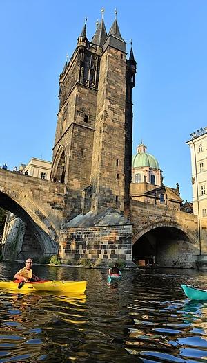Plavba historickým centrem Prahy na kajaku