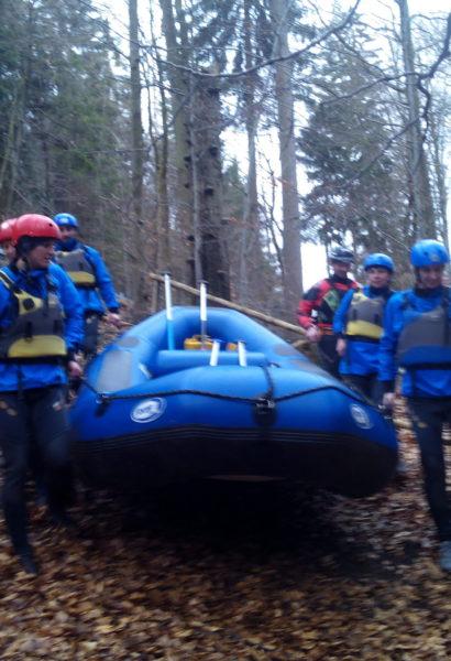 Zážitkový rafting na Vltavě, Veltrusy