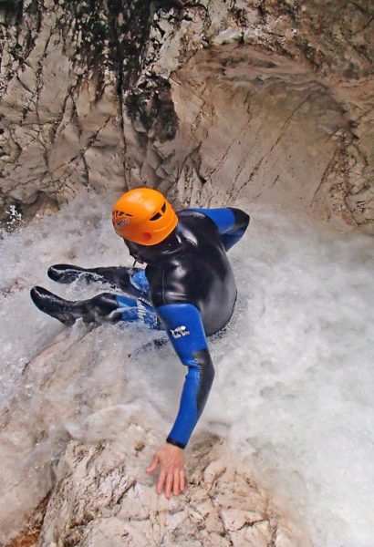 Canyoning Slovinsko: skákání, sjíždění a slaňování kaňonů