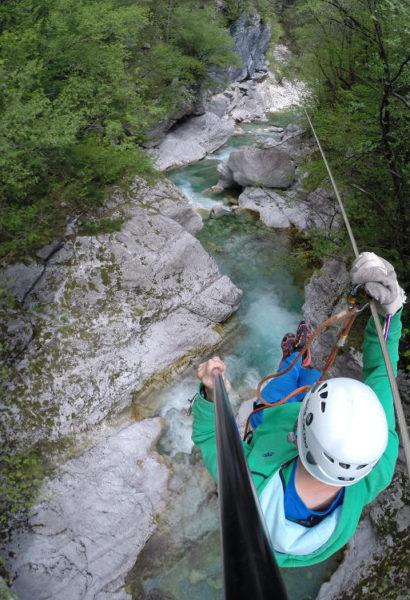 Zip-line Slovinsko: adrenalin jízda po lanech vysoko nad kaňonem