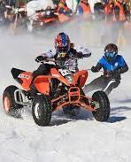 Moto skijöring: lyžujte za čtyřkolkou