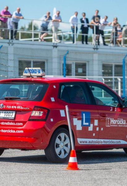 Lekce bezpečné jízdy s automatem pro řidiče i neřidiče