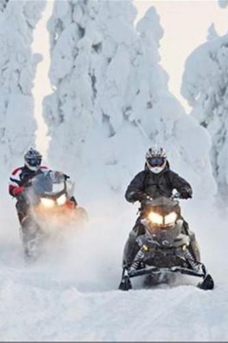Projížďka na sněžném skútru pro dva: Krkonoše
